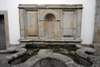 Portugal - Arouca: old horse drinking fountain / velho bebedouro para cavalos - photo by M.Durruti