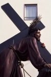 Braga: Christ carries the cross - Holy Week procession - Easter / procissão da Semana Santa - cristo e a cruz - photo by F.Rigaud