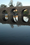 Portugal - Sertã: Roman bridge - reflection - Ponte romana sobre a ribeira da Sertã - reflexão - photo by M.Durruti