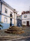 Portugal - Alentejo - Arraiolos: pelourinho - civic pillar - pillory - photo by M.Durruti
