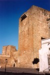 Oliven�a: o castelo - torre de menagem - Museu Etnogr�fico / the Castle - photo by M.Durruti
