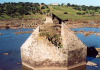 Oliven�a: ruinas da ponte da Ajuda, destruida pelos espanhois / ruins of the Ajuda bridge - destroyed by the Spaniards - photo by M.Durruti