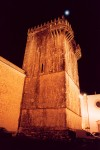 Portugal - Alentejo - Estremoz: torre de menagem - torre das tr�s coroas / the tower of the tree crowns - photo by M.Durruti