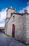 Portugal - Vale da Mula (concelho de Almeida): igreja de granito / granite church - photo by M.Durruti