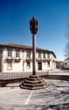 Portugal - Pinhel: pelorinho / pillory - photo by M.Durruti