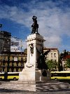 Portugal - Lisbon: Duke of Saldanha monument - praça Duque de Saldanha - photo by M.Durruti