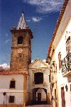 Fronteira - Portugal: clock tower and passage - torre do relógio - photo by M.Durruti