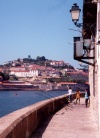 Portugal - Porto: pescando no rio Douro - VIla Nova de Gaia em fundo / angling on the Douro - photo by M.Durruti
