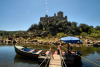 Portugal - Ribatejo - Almourol (Concelho de Chamusca): boat to the castle / barco para o castelo - photo by M.Durruti