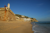 Sesimbra, Portugal: Santiago fortress and the beach - Forte de Santiago de Sesimbra, Forte da Marinha, Forte da Praia, Fortaleza de Santiago - Monumento Nacional - photo by M.Durruti
