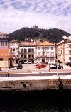 Viana do Castelo: na marginal / water-front - photo by M.Durruti