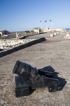 Puerto Rico - San Juan: San Felipe del Morro - very old cannon (photo by D.Smith)