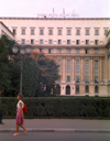 Romania - Bucharest: walking by the former Communist Party headquarters / PCR, , now the Senate - Piata Revolutiei - photo by M.Torres