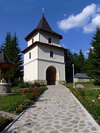 Ceahlau, Neamt county, Moldavia, Romania: entrance gate - Holy Monastery of Durau - founded by a daughter of ruler Vasile Lupu - photo by J.Kaman