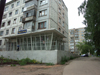 Russia - Udmurtia - Izhevsk: apartment building and food shop (photo by Paul Artus)