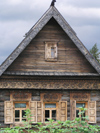 Russia - Suzdal - Vladimir oblast: timber house - Museum of wooden architecture & peasant life - photo by J.Kaman