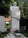 Russia - Moscow: Novodevichy Cemetery - tomb of Red Army Marshal of the Armoured Troops Pavel Rybalko - photo by J.Kaman