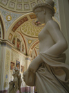 Russia - St Petersburg: inside the Hermitage - statue - photo by J.Kaman