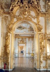 Russia - Pushkin Village / Tsarskoye Selo: corridors at Catherine's palace - architect Francesco Rastrelli (photo by Miguel Torres)