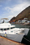 Fort Bay, Saba: catamaran Samantha in the harbour - photo by M.Torres