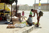 South Africa - Soweto (Gauteng province): street scene near a market - photo by R.Eime
