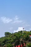 Gustavia, St. Barts / Saint-Barth�lemy: cross and lighthouse - hill of the Swedish fort, Fort Gustave - Phare de Gustavia - photo by M.Torres