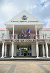 Gustavia, St. Barts / Saint-Barth�lemy: H�tel de la Collectivit� - Local Government building - La Pointe - photo by M.Torres