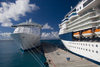 Sint-Maarten / St Martin - SXM - Dutch West Indies - Pointe Blanche: cruise ships (photo by David Smith)