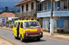 Guadalupe, Lobata district, S�o Tom� and Pr�ncipe / STP: wooden houses and battered Toyota shared taxi / casas de madeira e velho taxi Toyota - photo by M.Torres