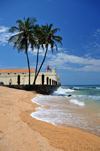 S�o Tom�, S�o Tom� and Pr�ncipe / STP: Portuguese fort of Saint Sebastian - western walls - beach and coconut trees / Forte de S�o Sebasti�o - baluarte ocidental - praia e coqueiros - photo by M.Torres