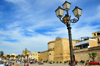 Alghero / L'Alguer, Sassari province, Sardinia / Sardegna / Sardigna: promenade on the Porto Antico, buy the Maddalena bastion - triple street lamp - photo by M.Torres