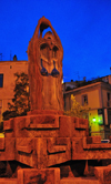 Olbia / Terranoa / Tarranoa, Olbia-Tempio province, Sardinia / Sardegna / Sardigna: fountain - statue with a bra - Piazza Matteotti at night - photo by M.Torres