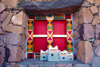 Saudi Arabia - Asir province - Khamis Mushayt / AHB: Bin Hamsen typical village - window - photo by F.Rigaud