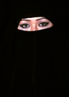 People of the Middle East - Riyadh / Riade / RUH: Ukrainian genes under a black abayya - local burka (photo by F.Rigaud)