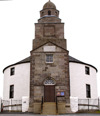 Scotland - Islay Island - Bowmore, Inner Hebrides - Argyll and Bute council: the Round Church, Church of Scotland, Parish of Kilarrow - photo by C.McEachern