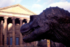 Scotland - Ecosse - Edinburgh: dinosaur and portico - photo by F.Rigaud