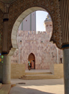 Senegal - Touba - Great mosque - arch - photo by G.Frysinger