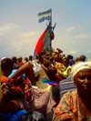 Tumbu, Western Area, Sierra Leone: crowded boat off Tombo - photo by T.Trenchard