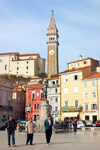 Slovenia - Piran: people on Tartinijev Trg - photo by I.Middleton