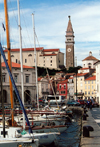 Slovenia - Piran: boats - view from Cankarjevo nabrezje towards Tartini square - photo by M.Torres