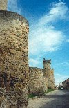 Spain / España - Oropesa: murallas / ramparts  (photo by Miguel Torres)