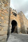 Spain / España -Avila: walls - Gate of  Santa Teresa - Puerta de la Santa - Ávila del Rey (photo by M.Torres)