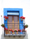 Spain - Peñiscola - Balcony with vases - photo by M.Bergsma