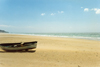 Spain / España - Zahara de los Atunes (Cadiz): beach - lonely boat - photo by Nacho Cabana