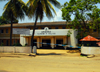 Kalutara, Western province, Sri Lanka: Police HQ - photo by M.Torres