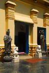 Colombo, Sri Lanka: Gangaramaya Temple - Chinese lions and divinities - Slave island - photo by M.Torres