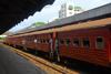 Colombo, Sri Lanka: train and platform - Colombo Fort Railway Station - photo by M.Torres