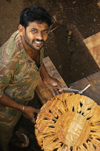 Sri Lanka - Kandy (Central province): wood worker - artisan - photo by B.Cain