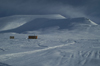 Svalbard - Spitsbergen island - Nordenskiöld Land: huts in the white emptiness - photo by A. Ferrari