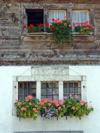 Switzerland / Suisse / Schweiz / Svizzera -  Lessoc - Gruyère region: house with flowers / maison - 1688 (photo by Christian Roux)